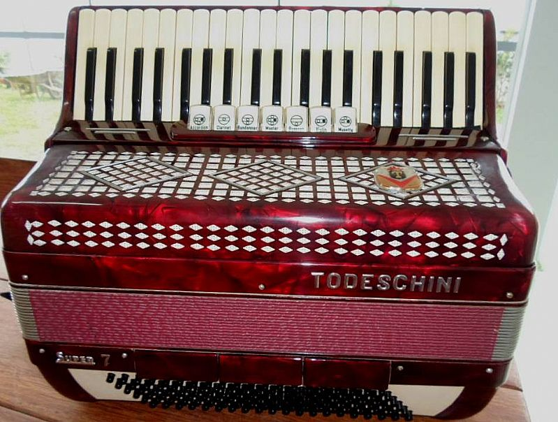 Acordeon Super 7 todeschini