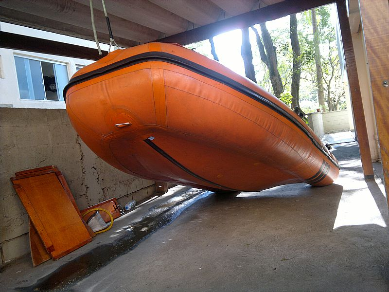 BOTE INFL�VEL  3, 60 mts R$3.500, 00reais