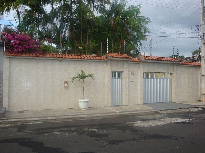 Casa a venda em Manaus no Conjunto Belvedere,  Planalto