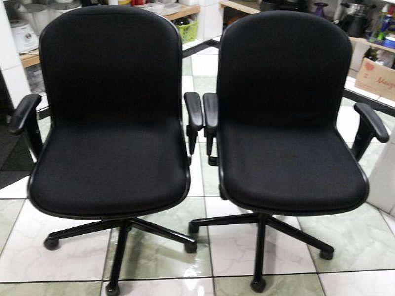 Cadeira giratoria ergonômica marca original ESCRIBA