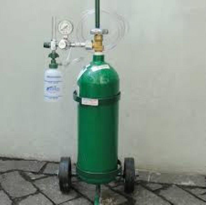 Cilindro de oxigenio medicinal portatil com valvula reguladora
