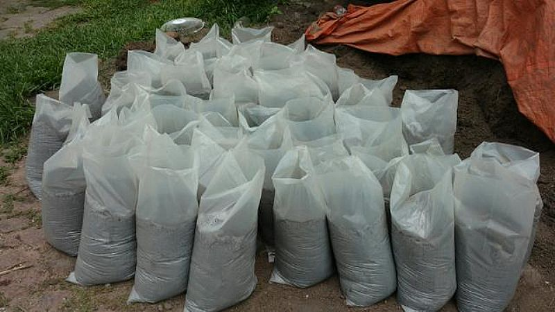 Terra preta para jardim sacos 20 kg 6, 00 entrega gratuita