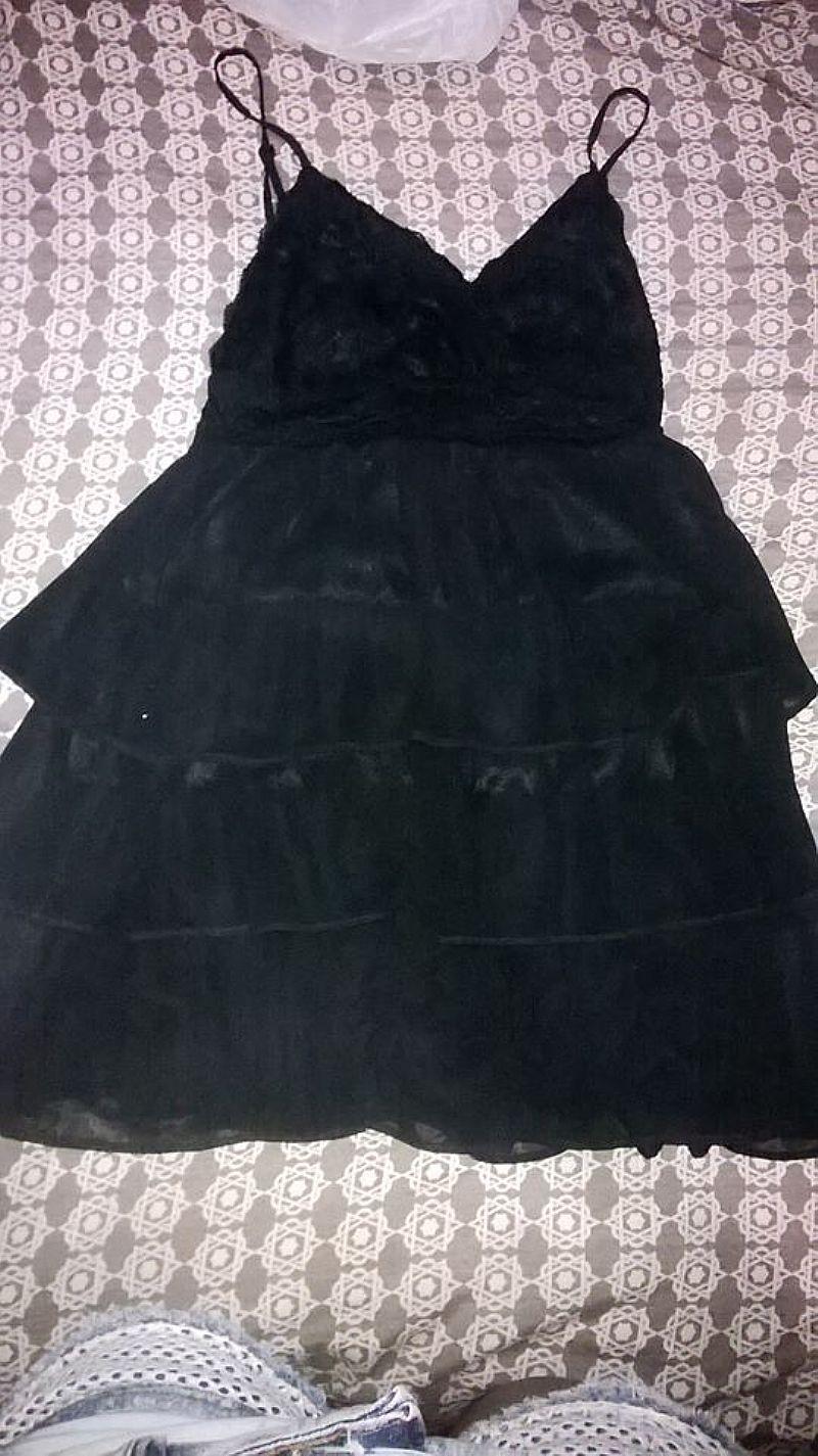 Vestido preto usado apenas 02 vezes