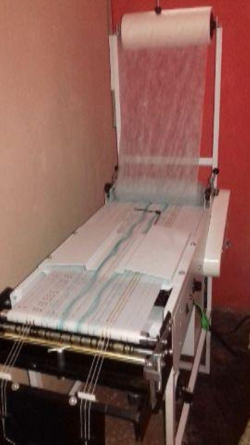 Maquina de fraldas descartaveis (Compacta Print )