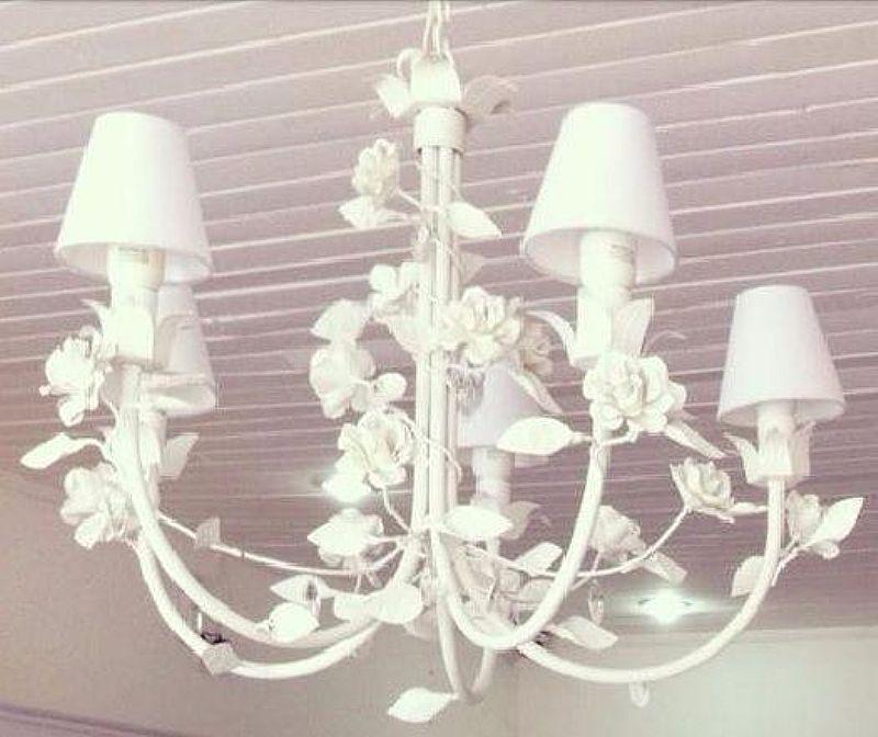 Lustre em ferro provence rosas 5 lampadas 60 diametro x 60 alt
