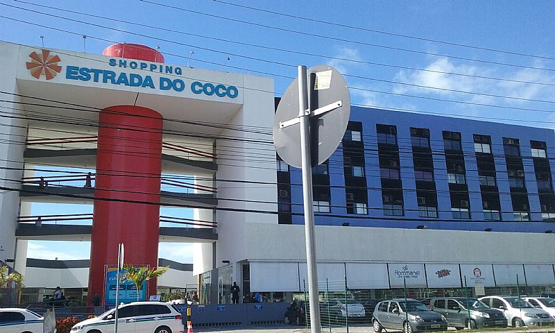 Oportunidade! Sala no Shopping Est. do Coco