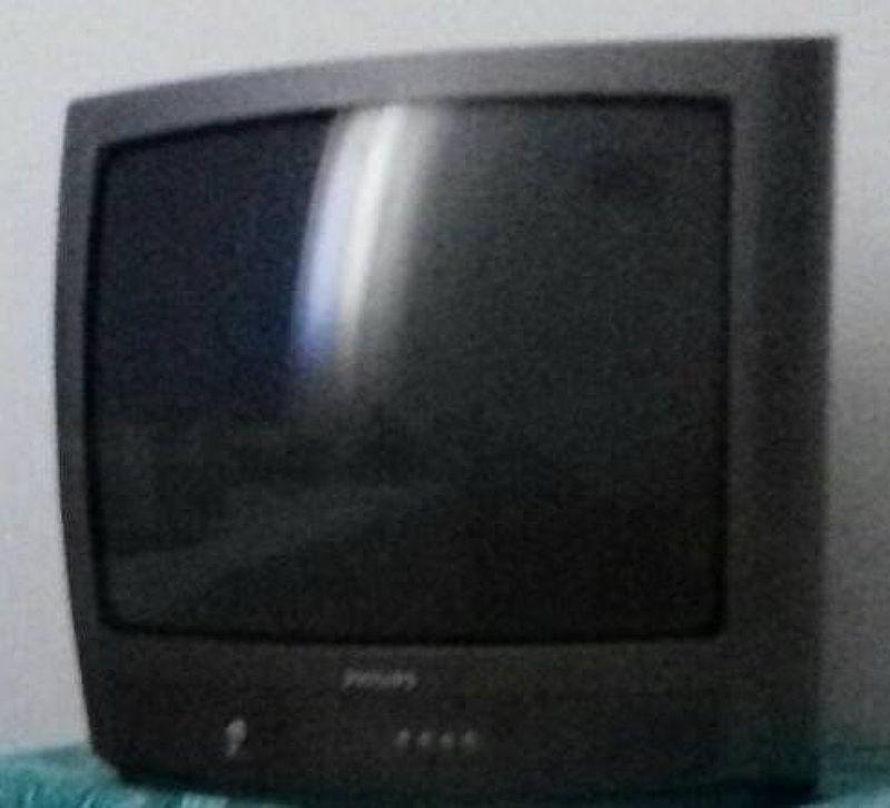 Tv philipis 20 polegadas com controle
