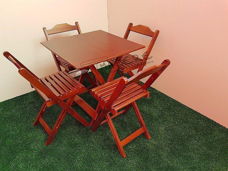 Jogos de mesa 70x70 dobraveis com 04 cadeiras