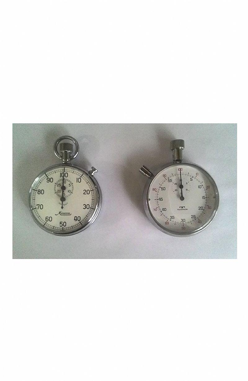 Cronômetros suicos das marcas minerva e technos