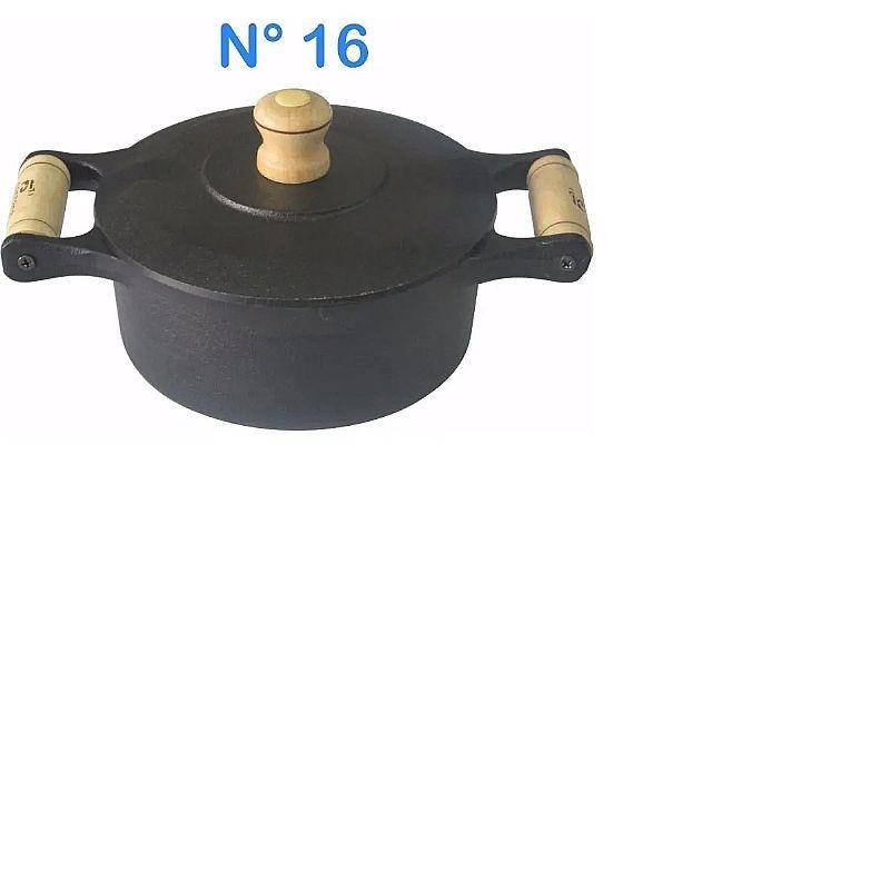 Panela cacarola de ferro fundido n° 16 com alcas de madeira       marca mgl     modelo panela cacarola de ferro fundido n° 16 com alcas de madeira