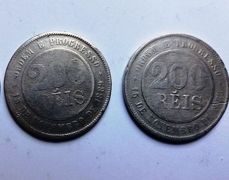 Moedas antigas 200 reis 1895