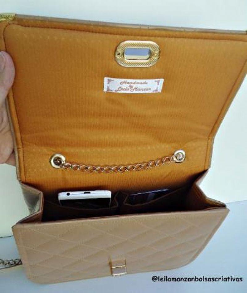 Bolsas Retrô,  feitas de forma artesanal