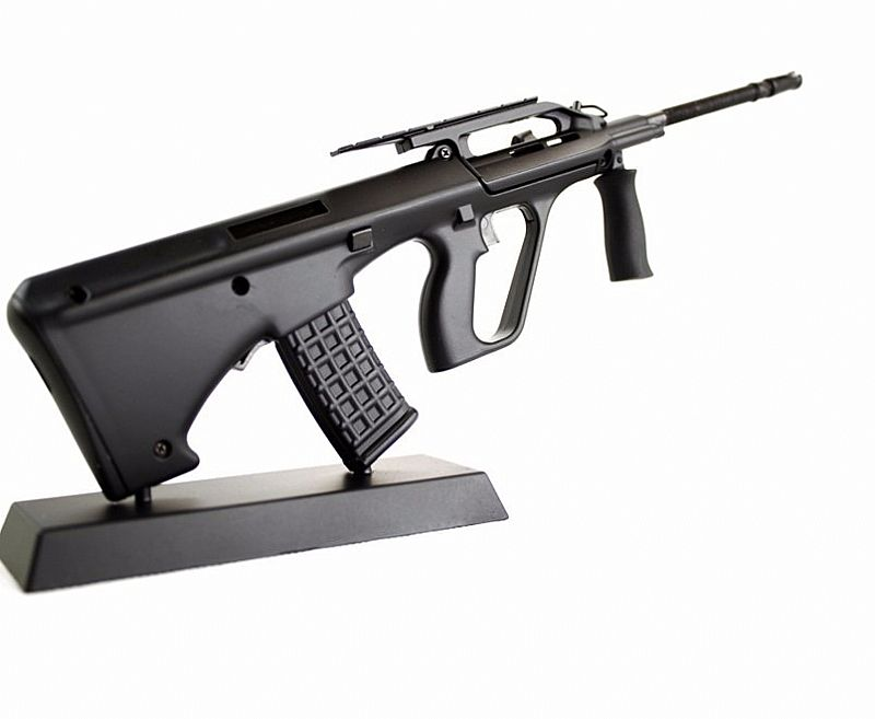 Miniaturas Die Cast 1:6 Armas- Aug,  Preta - Airsoft.