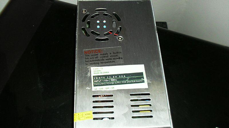 Fonte chaveada radioamador som automotivo 13, 8v 30 amperes