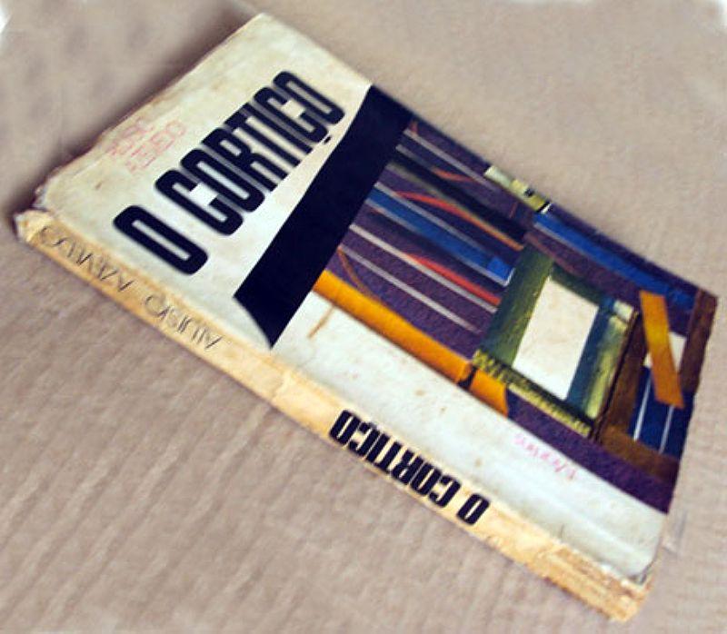 O Cortico Aluisio Azevedo 1970,  Nº 08445,  Pagina Com Assinatura do Autor,  Propriedade Livraria Martins
