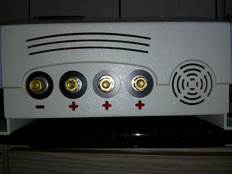 Carregador de baterias nautico 12v/80 a