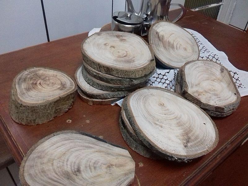 Kit 25 bolachas d madeira suporte p/ festa docinhos bolo 15cm