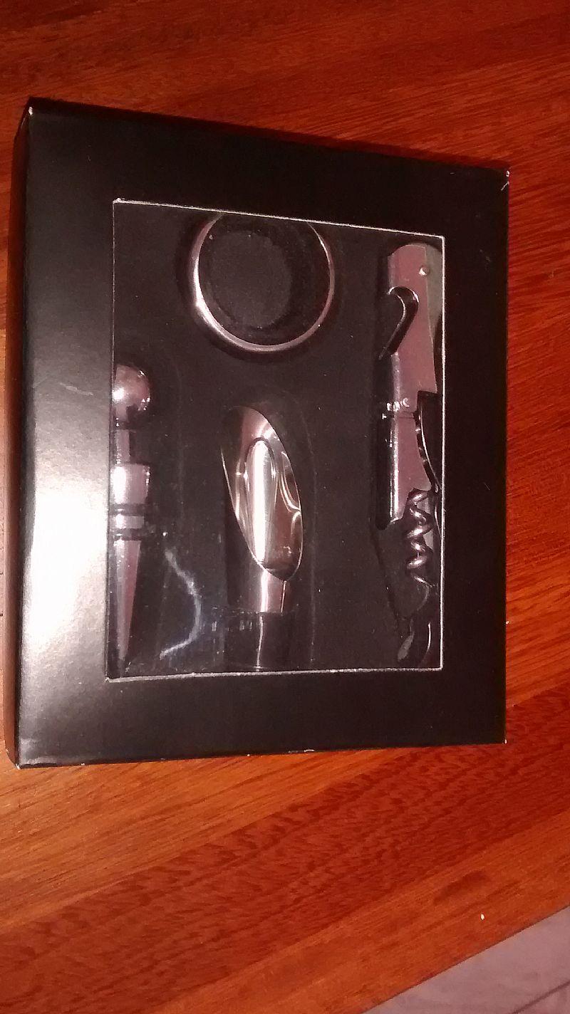 Kit de acessorios para vinho 4 pecas