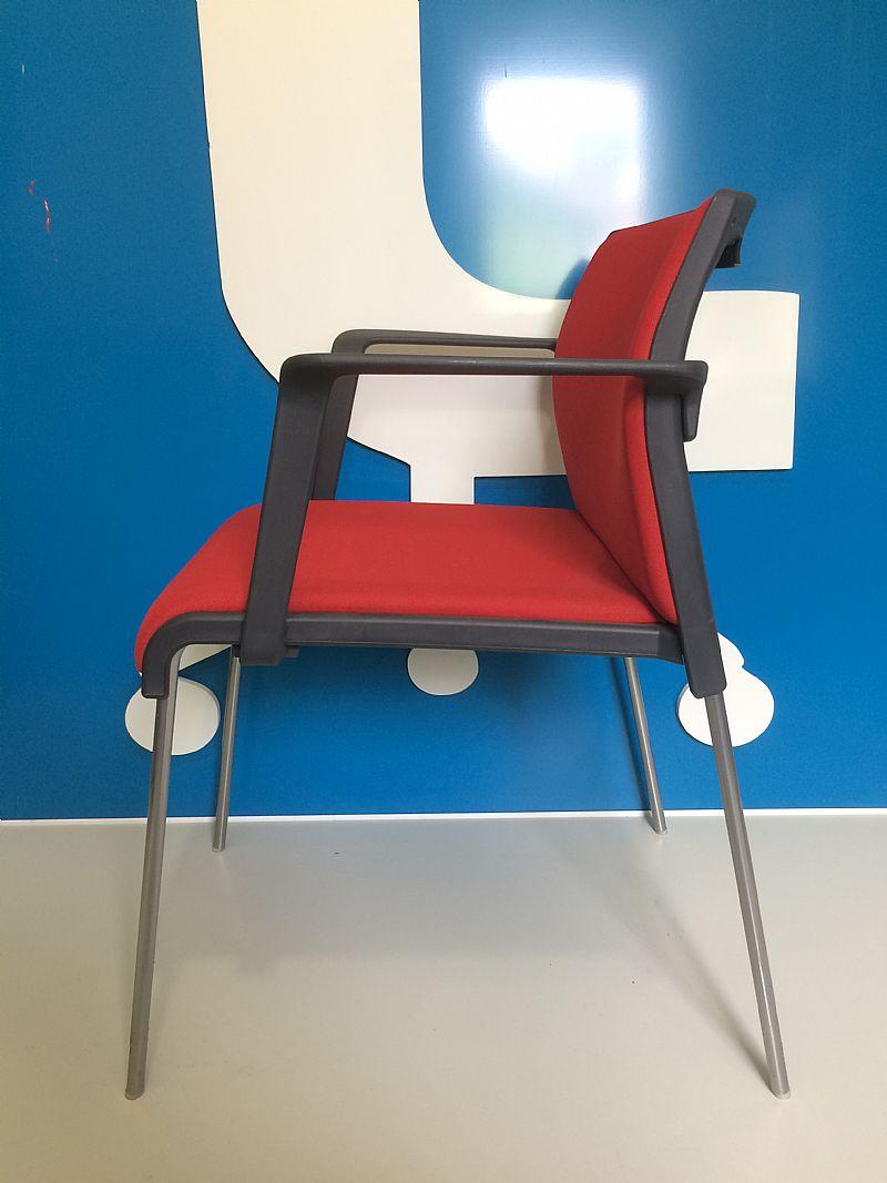 Cadeira fixa vermelha 4 pes (nova)