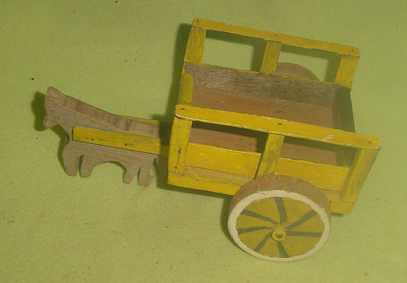 Antiga carroca de madeira