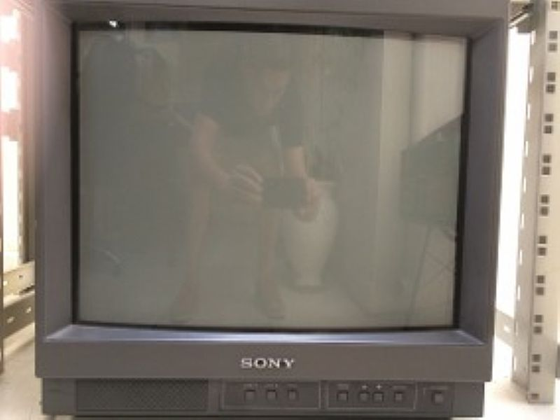 Monitor sony pvm 14m4u retrogames com saida sdi