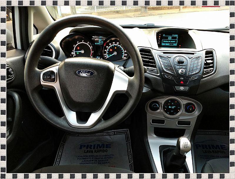 Ford new fiesta sedan 2015 1.6 se impecavel!!