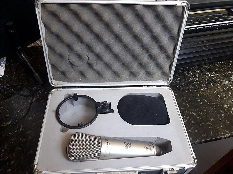Microfone condensador b2 pro para estudio