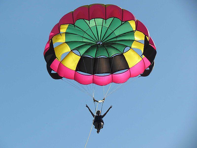 Paraquedas Plannar para ser puxado por lanche ou Jetski