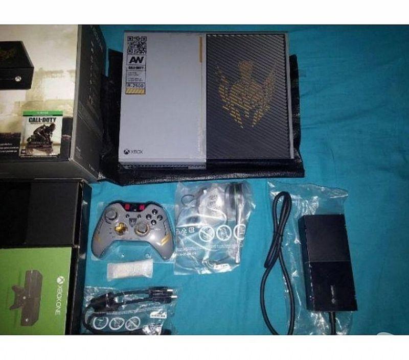 Xbox one 1 tb com 2 controles   2 jogos   kinect