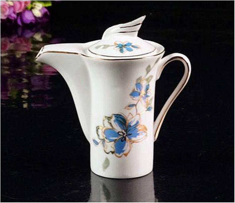 Conjunto de cafe de porcelana