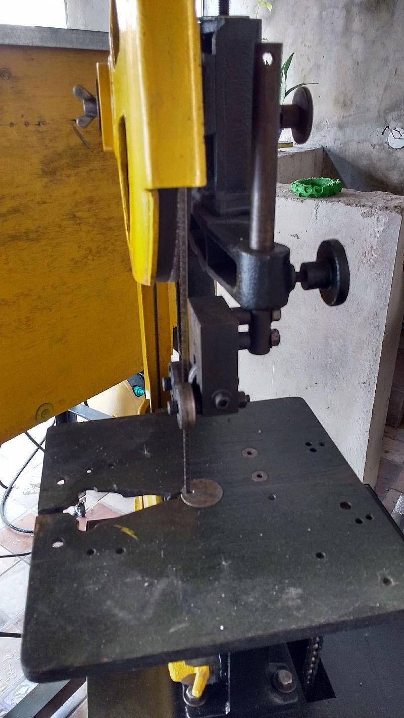 Maquinas de serra para luthier