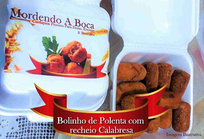 Bolinho gourmet de polenta com recheio de calabresa
