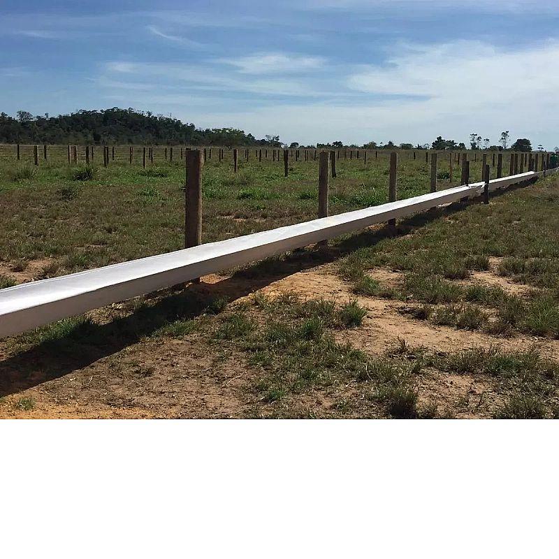 Cocho para gado 3 metros       marca club farm     modelo cocho