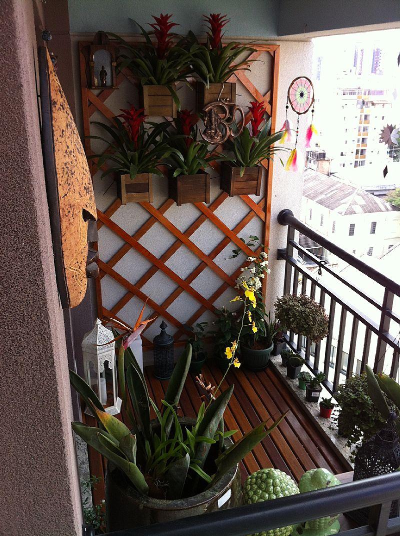 Trelica de madeira - painel - floreira