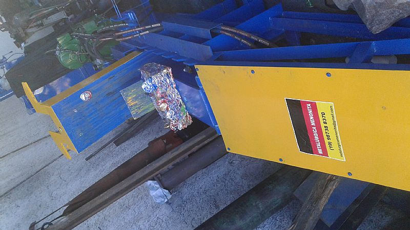 Prensa (prensas) enfardadeiras para reciclagem papel, plastico, latinha, sucatas