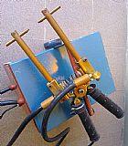 Maquina para soldar arames e chapas ponteadeira eletrica manual portatil