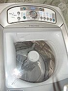 Lavadora e Secadora de Roupas Electrolux 12 Kg na garantia.