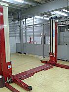 elevador automotivo usado 2500 kg. trifasico �TIMO ESTADO em uso