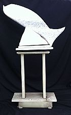 Escultura em Marmore em formato de peixe