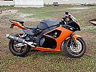 Troco moto suzuki RF900R com a carenagem do modelo SRAD 1000 2005,  por Carro.