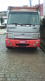 Ford Cargo 1317e 2006 bau sider 7 metros assoalho de aco 2,