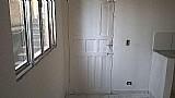 Aluga -se  casa  Com 01 quarto / consinha / e banheiro