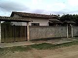 Casa de 2 quartos 1 vaga itaipuacu marica rj ama0542