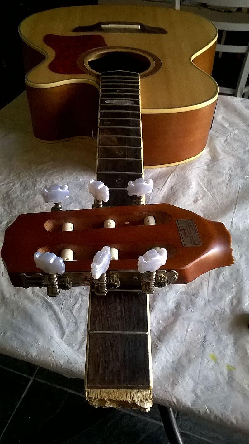 Conserto de violao, guitarra e outros