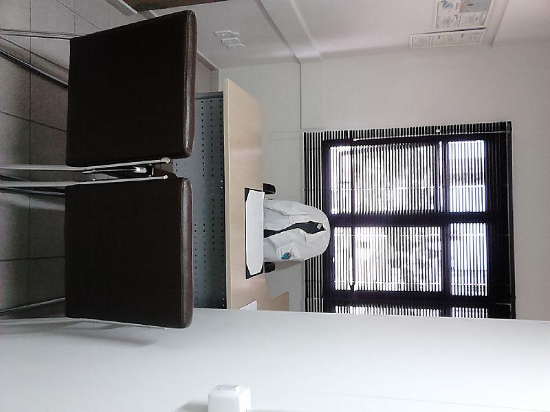 Profissionais de saude - espaco em consultorio montado