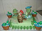 Bolos decorados,garfield,moranguinho,dinossauros.
